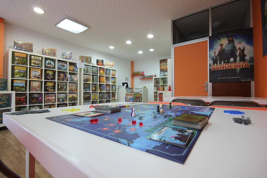 homoludicus-tienda-de-juegos-de-mesa-en-salamanca-1024x682